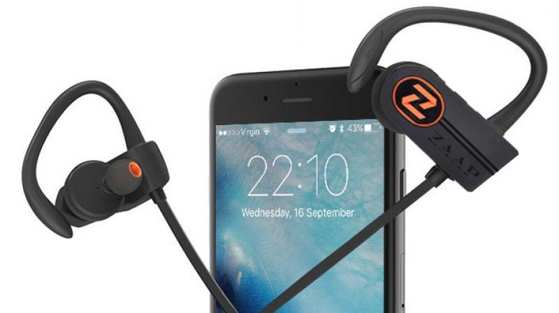 The true wireless headphone comes with Bluetooth 4.1 version and also supports Multi-Device Connectivity.