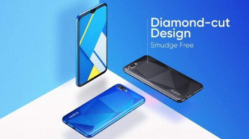 The Realme C2 is priced at Rs 5,999 for the 2GB/16GB configuration while the 3GB/32GB model costs Rs 7,999.