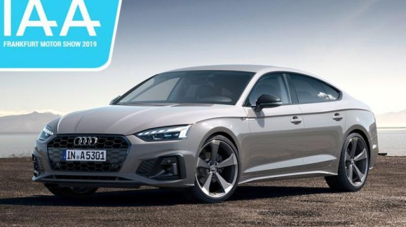 Audi A5 facelift features redesigned headlamps, rear bumper and tail lamps.