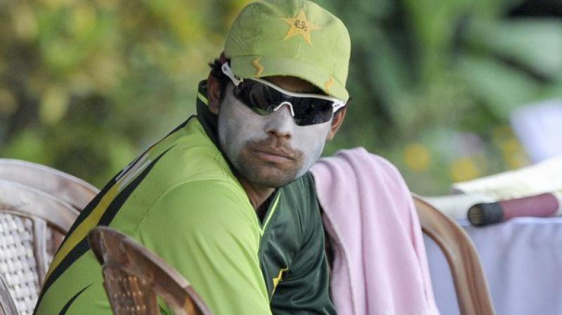 PCB serves Umar Akmal notice over spot-fixing claims