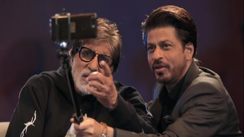 Screengrab of Badla Unplugged - Episode 2 featuring Amitabh Bachchan and Shah Rukh Khan. (Courtesy: YouTube/Red Chillies Entertainment)