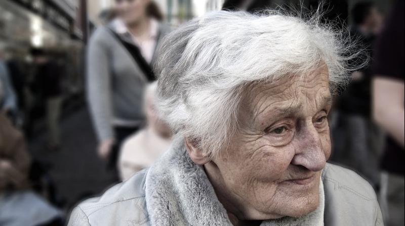 Virtual reality coronation takes dementia patients down memory lane. (Photo: Pixabay)