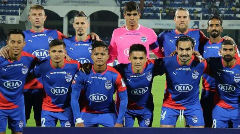 Bengaluru had first sniff after the start of play, with their Venezuelan striker Nicolas Feder (Miku) in charge but goalkeeper Naveen Kumar was alert to move in time and grab the ball.