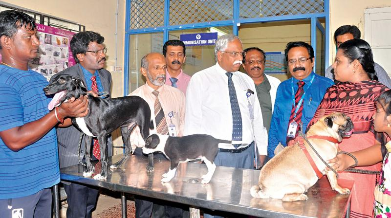Dr C. Balachanran, vice-chancellor, Tanuvas, and Animal Science University,  discusses with pet owners during the Pet Parents Meet 2018 held at Madras Veterinary College on Wednesday. (Photo: DC)