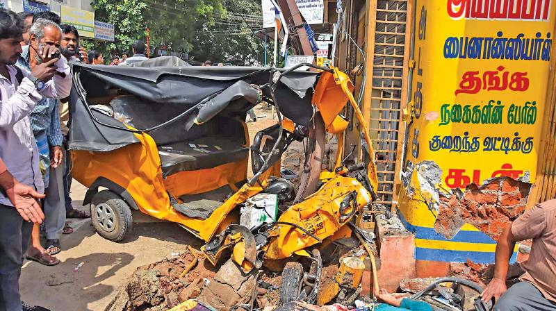 Speeding Car Mows Down Six In Kovai