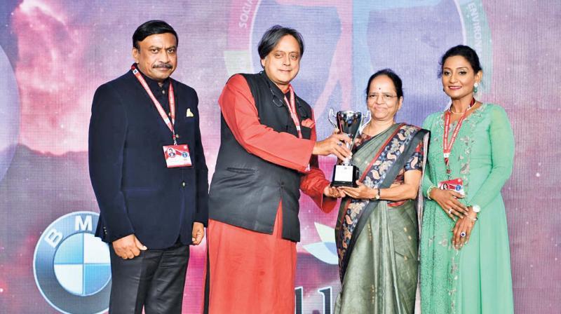 Dr Lakshmi Vijayakumar, Lifetime Achievement award.