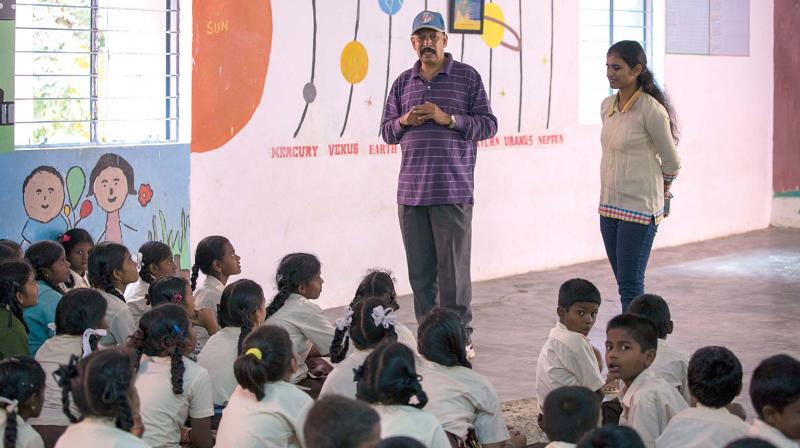 Volunteers teach the underprivileged students at the Makkala Jagriti learning centre