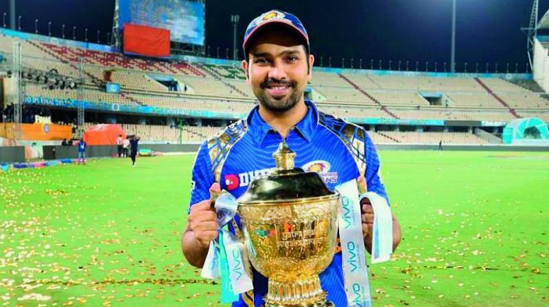 Rohit Sharma with the 2019 IPL trophy.