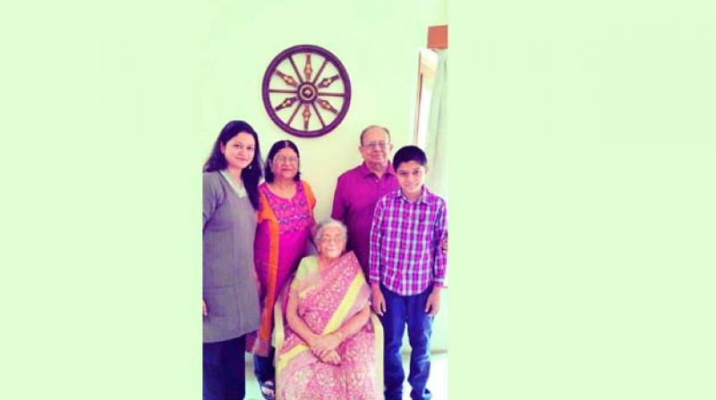 The centurian Manorama Rao with her family