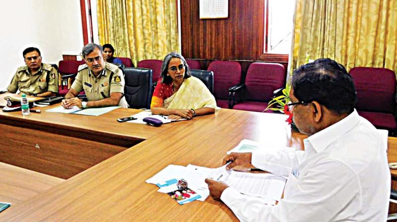 A file photo of Home Minister G. Parameshwar holding a meeting with top police officers in Bengaluru