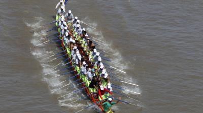 The three-day annual festival, starting Wednesday, is to dedicate to the kingdom's ancestral naval warriors. (Photo: AP)