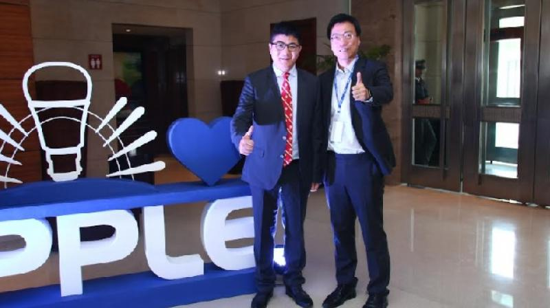 L to R: Rambo Zhang and Qi Xiaoming - All India Trade Partner Meet 2019.