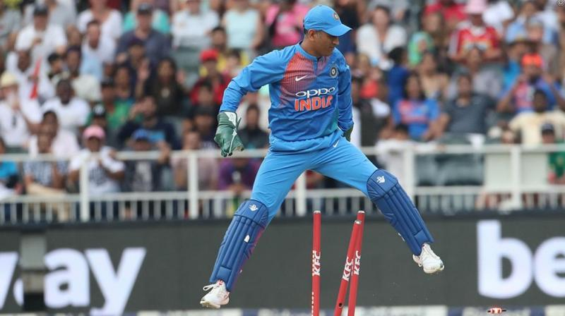 MS Dhoni breaks record of most catches in T20 matches