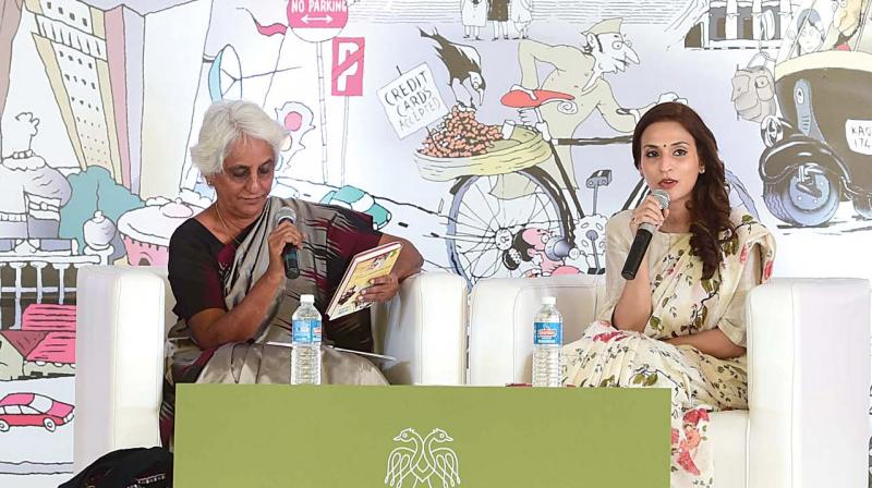 Premila Paul in conversation with film producer Aishwaryaa Dhanush	(Photo: R. SAMUEL)