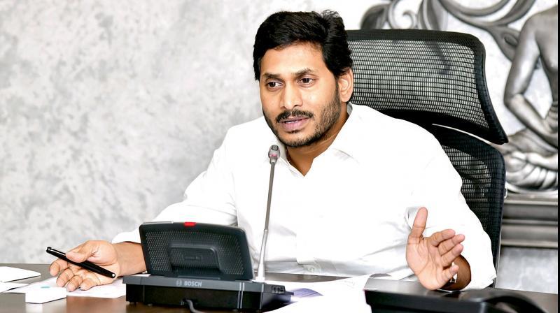 Let's resolve all water issues, Jagan tells Patnaik