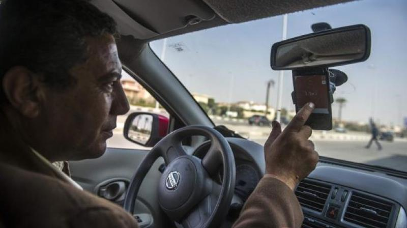 Supporters of the ban pointed to the death of a police officer in January after a distracted driver lost control and struck him on a Phoenix-area freeway. (Photo: AFP)