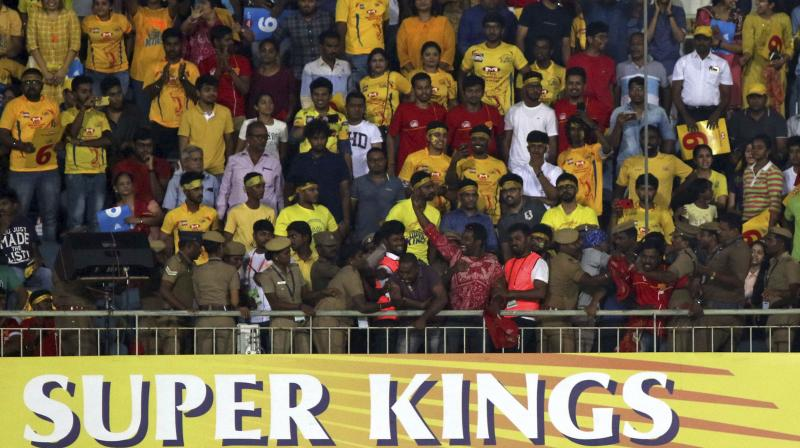 Cauvery protest: Shoes hurled at CSK's Jadeja, du Plessis