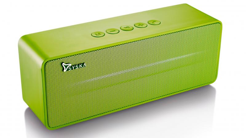 The speaker is portable, light-weight and an amazing choice for consumers who can enjoy listening to their favourite sound tracks both indoors and outdoors.