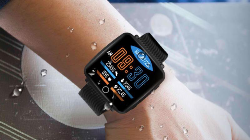 Lenovo Carme Smartwatch launched for Rs 3.5k, Republik City News