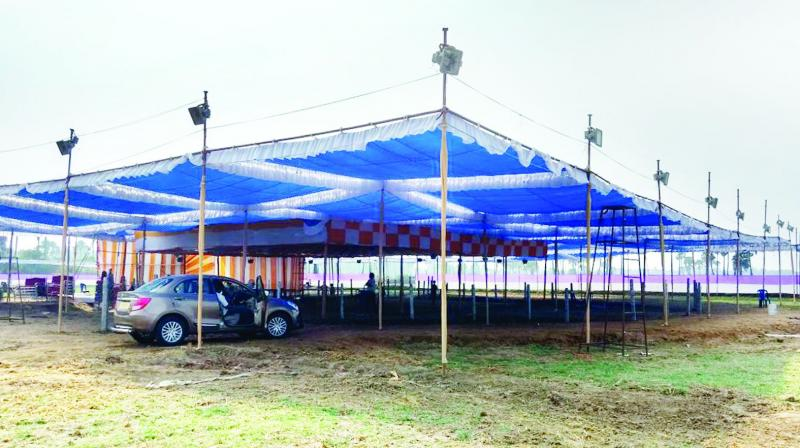 Cockfight organisers have set up a huge pandal to hold cockfights and other activities at Vempa village in West Godavari. (Photo: DC)