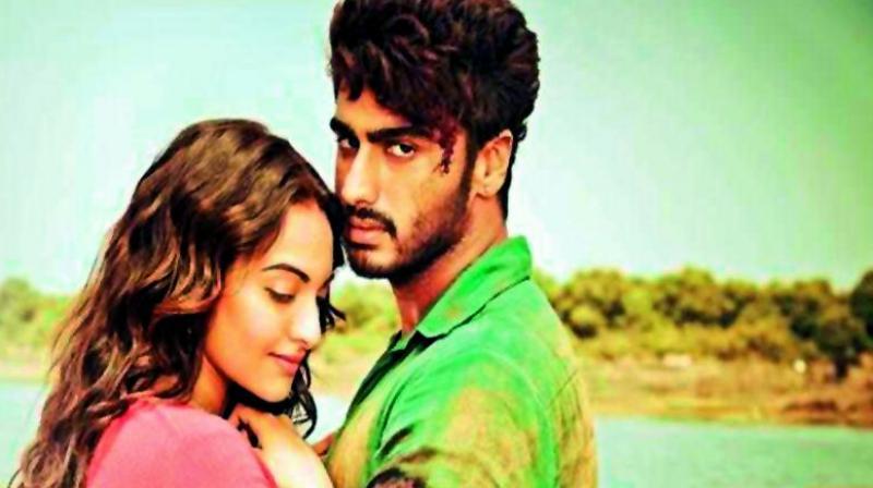 Tevar (a remake of Mahesh Babu's Telugu blockbuster Okkadu featuring Boney's son Arjun Kapoor.