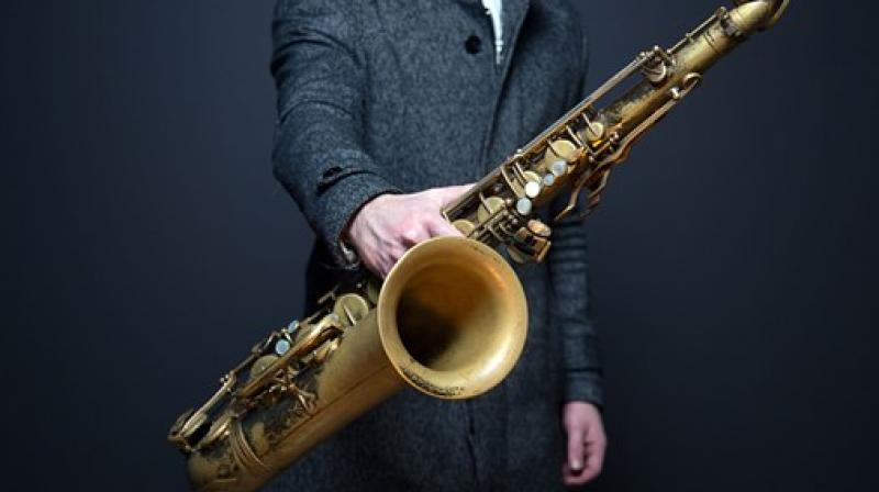 This may explain why even professional musicians find it difficult to switch between the two styles. (Photo: Pixabay)