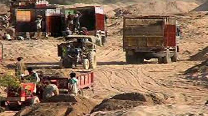 Sand mining (Photo: PTI/File)