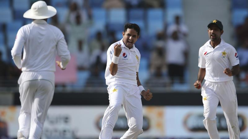 South African fast bowler Dale Steyn heaped praise on Pakistan pacer Mohammad Abbas, claiming that the latter has the potential to achieve the number one spot in the longest format of the game. (Photo: AP)