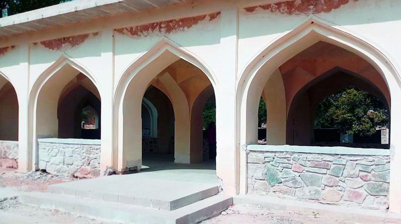 The serai at the Qutb Shahi tombs.