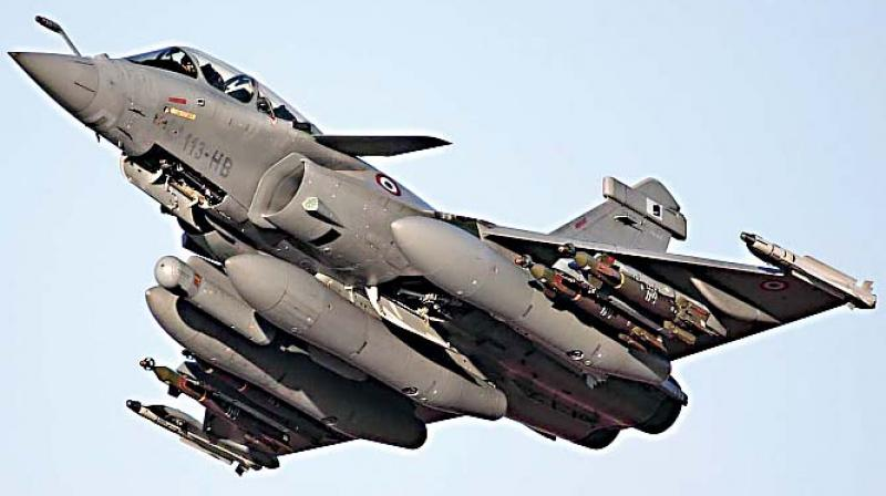 According to open sources a JAS 39 Gripen can cost anywhere between $30-60 million each depending on configuration. By contrast a Rafale starts at $80 million. (photo: DC)
