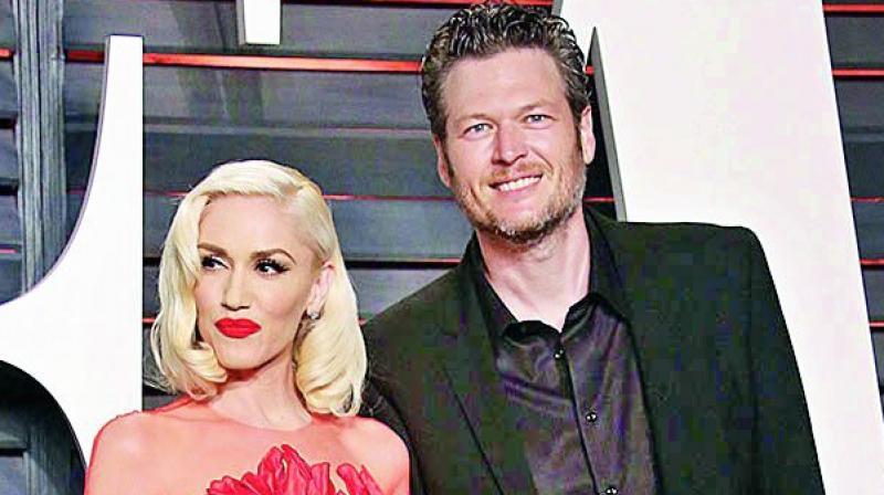 Blake Shelton And Gwen Stefani Wedding Pictures.Gwen Stefani Put A Ring On It Blake Shelton