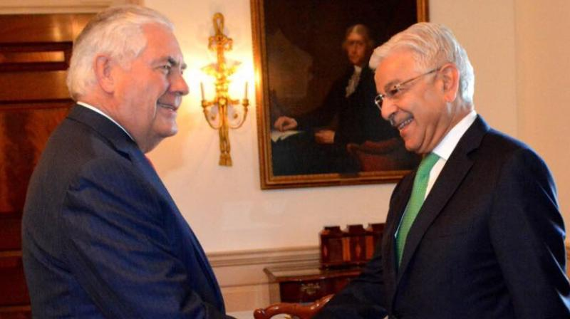Pakistan FM Khawaja Asif meets US Secretary of State Rex Tillerson in Washington on Thursday (Photo: Twitter)