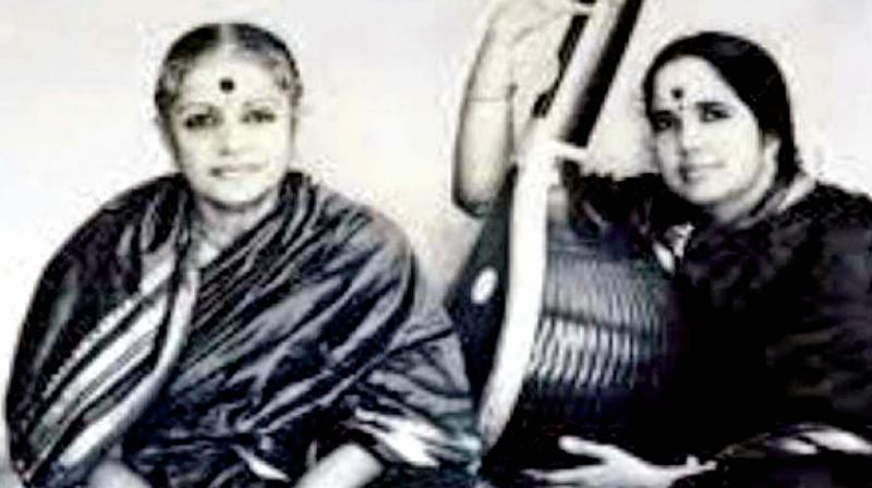 M.S. Subbulakshmi with Radha Viswanathan. (Source: Internet)