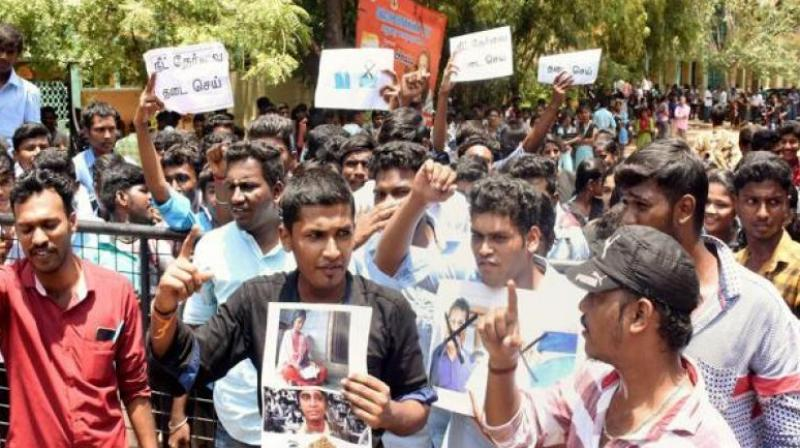 Members of the Student's Federation of India (SFI) protest against the Centre following the death of S. Anitha, in Madurai, Tamil Nadu. (Photo: PTI | File)
