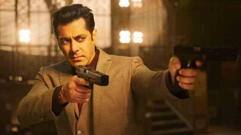 Salman Khan's Race 3 Witnesses A Phenomenal Growth On Day 2, Mints 38.14 Cr