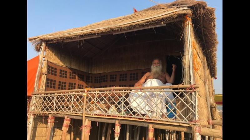 Shri Mahant Ram Krishna Das Tyagi ji Maharaj on his 'machaan'. (Photo: ANI)
