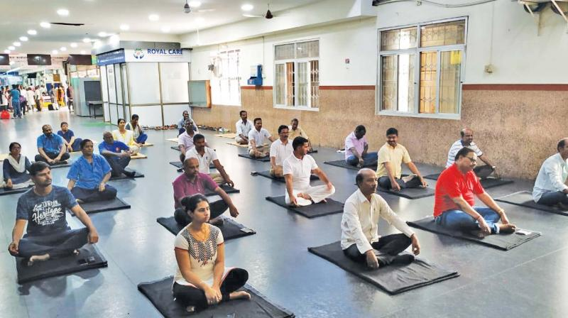 Yoga session organised by Salem Railway division. (Photo: DC)