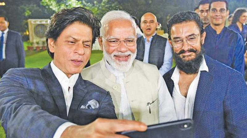 SPB was sore that only the Bollywood stars were allowed to take selfies with PM Narendra Modi. His FB post is going viral.