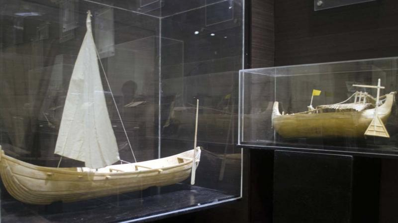 The museum was mainly planned to display monumental snake boats as Nadubhagam Chundan Jawaharlal Nehru mounted after its 1952 victory.