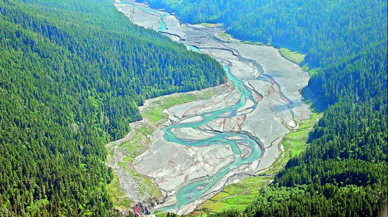 Even in the US and Europe, the talk of dam removal is largely confined to small dams which were constructed for mining and other local developments.