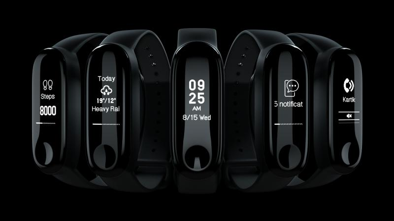 Besides tracking steps and calories, Mi Smart Band 3i also enables viewing notifications directly on the band.