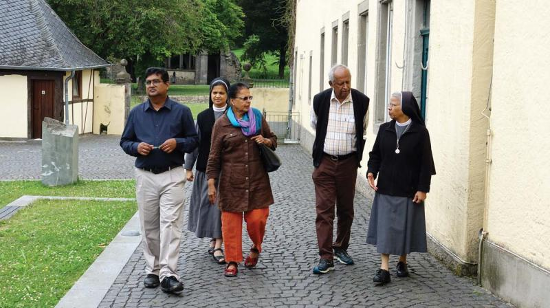 Raju Raphael & Jose Punnamparam shooting in Germany with nuns.