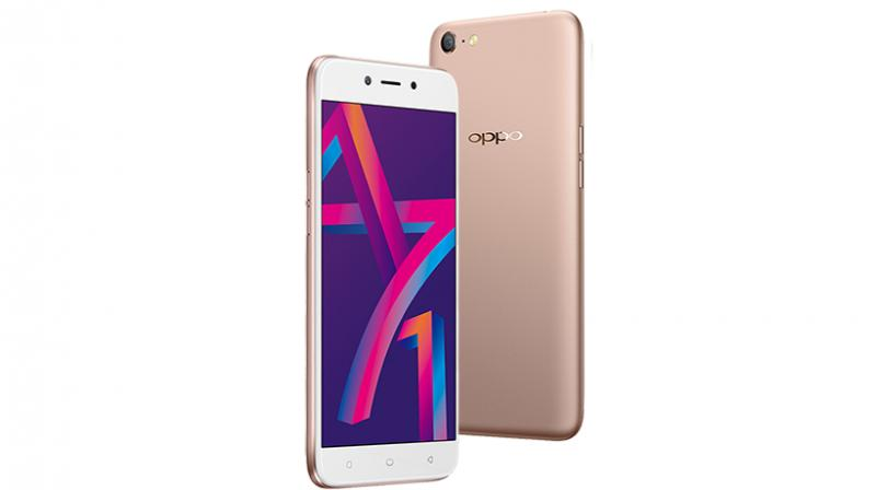 The OPPO A71 comes in two colour variants — Gold and Black.