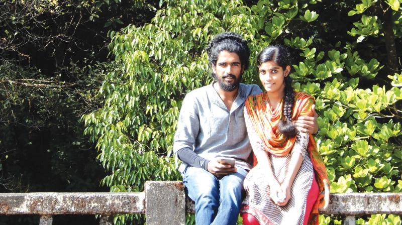 dowry kerala Malappuram, kerala: giving an online dimension to its anti-dowry campaign, the nilambur village panchayat in malappuram district has launched a matrimonial website for those willing to marry without taking or giving dowry.