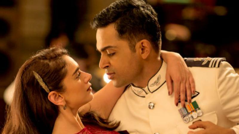 Aditi Rao Hydari and Karthi in 'Kaatru Velyidai.'