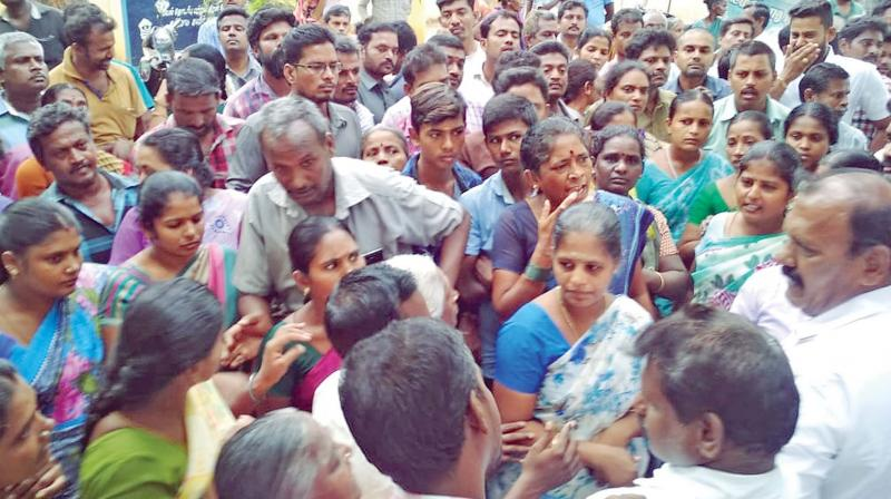 Participants from the eastern parts of Alangulam taluk wanted that they wanted to remain with Tirunelveli district, while people from the western part of the taluk found it comfortable for them to go with the to-be-created Tenkasi district.  (Representational Image)