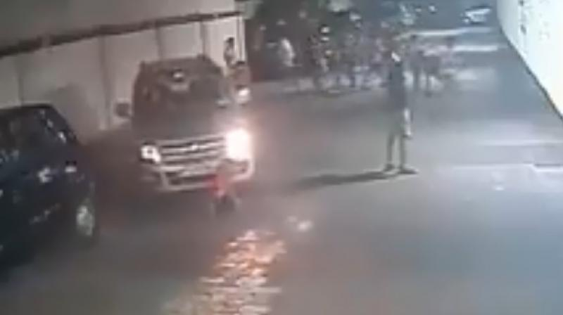 The footage recorded on September 24, was captured around 7 in the evening and is being circulated widely on social media. (Screengrab | Twitter | @BlrCityPolice)