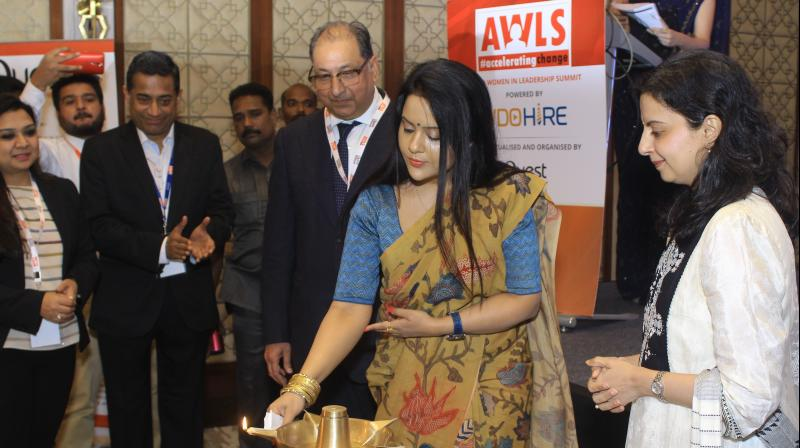 Amruta Fadnavis, wife of Chief Minister Devendra Fadnavis was the Chief Guest at the event.