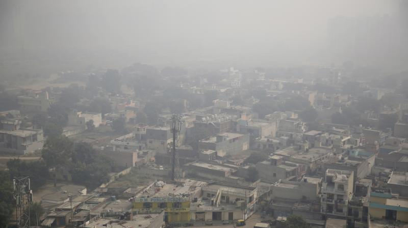 Authorities attribute dip in air quality to localised factors like construction dust, vehicular pollution as well as regional factors like pollution due stubble burning from Punjab and Haryana. (Photo: File | AP)