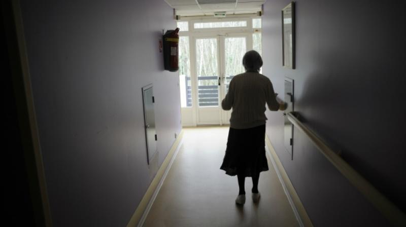 Because they live longer, women have an increased risk of such diseases (Photo: AFP)